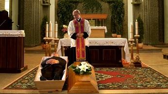 Śmierć i pogrzeby w kiepskim świecie